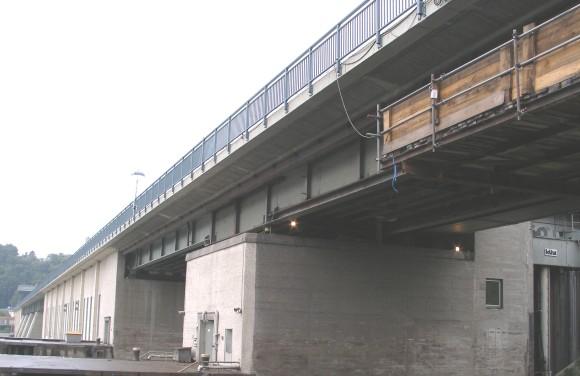 Brückenhebungen Donaukraftwerk Ybbs - Niederösterreich