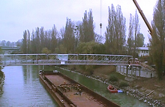 Nussdorfer Steg über den Donaukanal in Wien